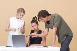 Teamwork in the workplace build strong teams