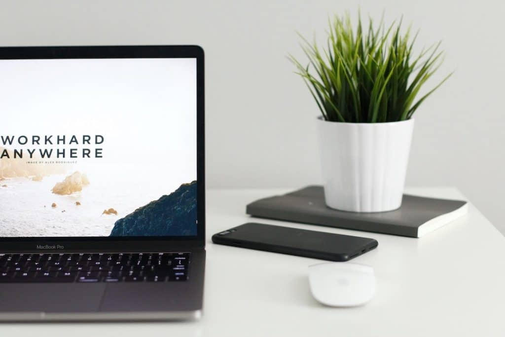 hire remote workers with recruiting software